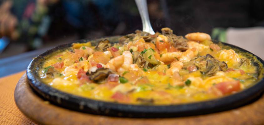 Restaurantes voltam a funcionar com restrições em Praia do Forte a partir de segunda (22)